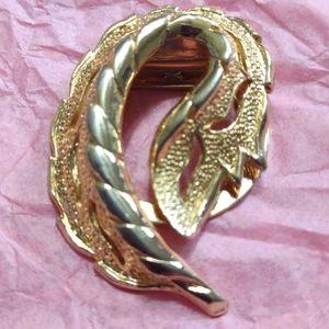 Beautiful vintage golden Floral scarf clip